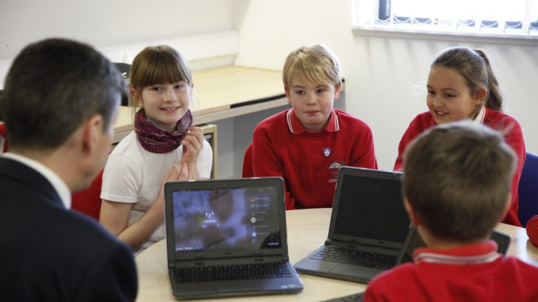 Presiding Officer Ken Macintosh MSP speaks with digital leaders from P5 and P6 at Milton of Leys primary school about his role as PO as part of a series of visits undertaken in Inverness. 10 November 2017.